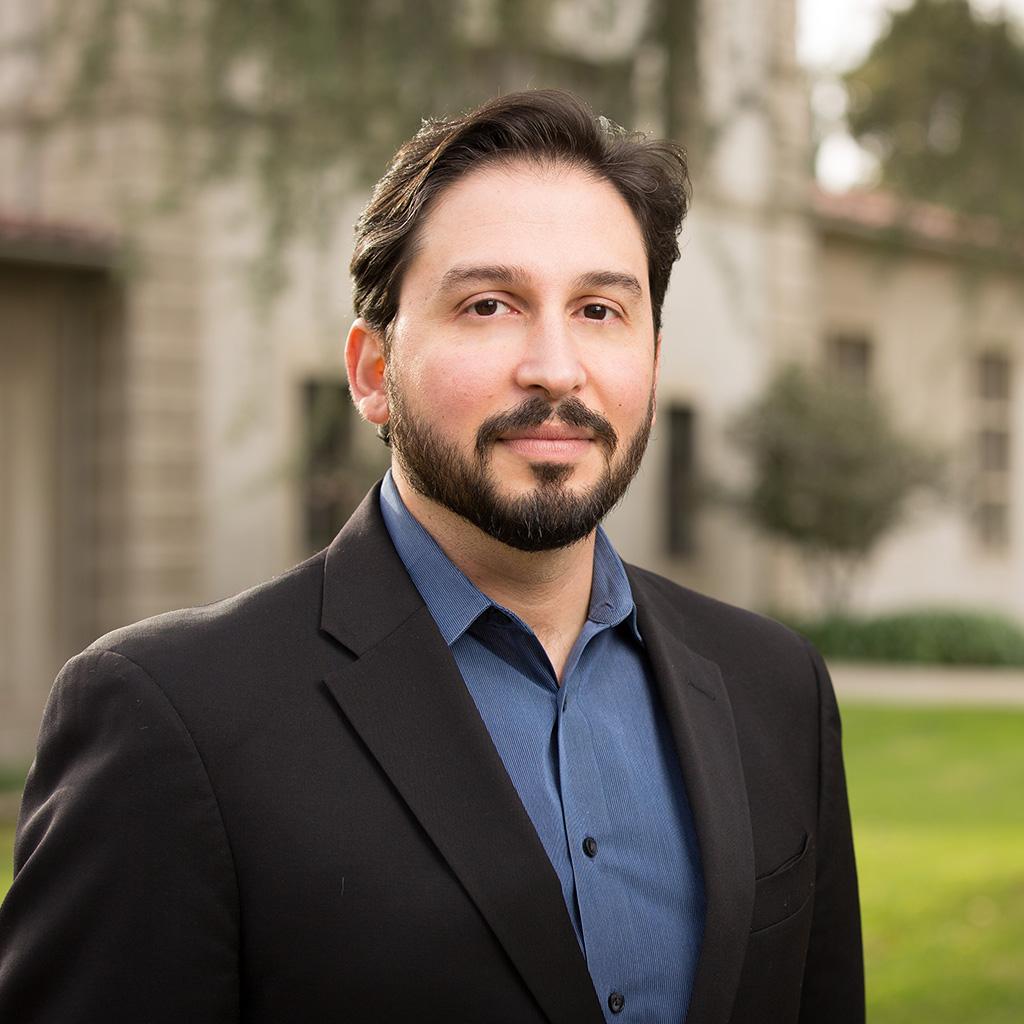 Dr. Tarek Azzam